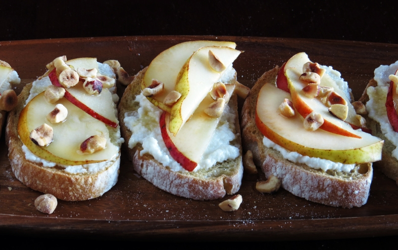 pear and ricotta crostini with honey and hazelnuts