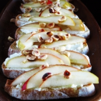 Pear & Ricotta Crostini with Honey and Hazelnuts + Homemade Ricotta
